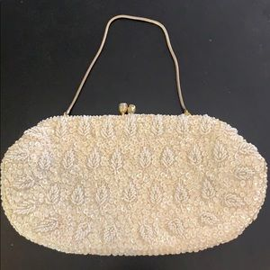 Vintage beaded clutch white small with chain